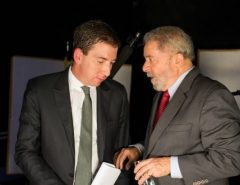 O Troco: Grupo hacker expõe Glenn Greenwald