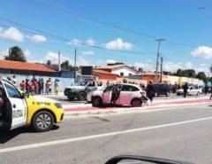Em Natal, dois assaltantes morreram após perseguição e troca de tiros na Av. Moema Tinoco