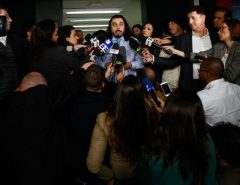 Advogado de mulher que acusa Neymar de estupro deixa o caso