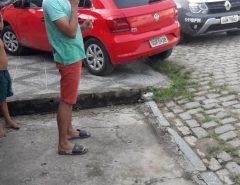 Em Macaíba bandidos tomam carro de assalto entram e confronto com a PM, durante a troca de tiros um bandido morre