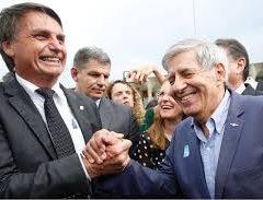 Jair Bolsonaro prestigia Heleno como fez a Moro