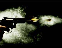 NO INTERIOR DO RN: Filho flagra o pai com amante, bate na traseira do carro do pai e ambos trocam tiros no meio da rua
