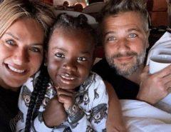 Bruno Gagliasso e Gio Ewbank adotam menino de 4 anos do Malawi