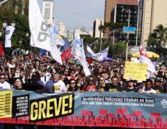 ACABOU A PAZ DE FÁTIMA: Servidores estaduais sinalizam greve geral
