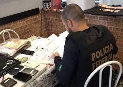 Polícia fecha bingo clandestino e destrói seis máquinas caça-níqueis