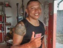 Homem é morto a tiros na calçada de casa, na cidade de Pedro Velho
