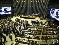 Ninguém Segura: Coronavírus invade o Congresso Nacional, 35 parlamentares foram infectados
