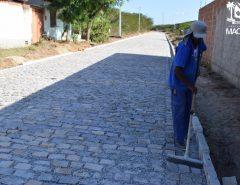 Caravana das Obras: Prefeitura de Macaíba dá sequência à pavimentação do distrito de Mangabeira