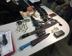 Pistola da PM de São Paulo é apreendida em Natal; oito são presos