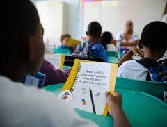 Ensino médio privado no Brasil perde um terço de alunos para escolas públicas