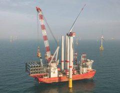 Ibama aguarda Petrobras para licenciar torres eólicas no mar do RN