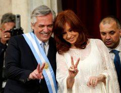 """Em entrevista ao Estadão, o escritor Mario Vargas Llosa classificou como uma """"tragédia"""" a vitória da chapa Alberto Fernández/Cristina Kirchner na Argentina"""