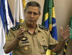 O Presidente Jair Bolsonaro consultou cúpula militar antes de nomear general para a Casa Civil