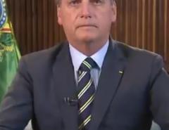"""""""Se você não atrapalhar, o Brasil vai decolar e conseguir sair da crise. Saia do palanque"""", diz Bolsonaro a Doria"""