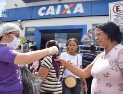 Prefeitura de Macaíba distribui mais de 2,5 mil máscaras para a população