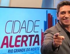 Apresentador da TV Tropical Salatiel de Souza testa positivo para o novo coronavírus