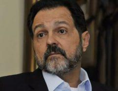 CONTRADIÇÃO: Ex-governador do PT que defende o desarmamento é pego com arma sem registro