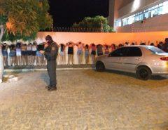 Em Santa Cruz Polícia Militar conduz 63 pessoas que estavam em uma festa para  Delegacia