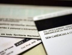 ANS suspende reajuste de planos de saúde por 120 dias