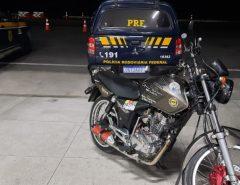 """Em Macaíba motociclista é preso pela PRF ao ser flagrado fazendo """"racha"""""""