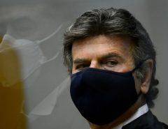 Luiz Fux toma posse como presidente do STF e garante combate a corrupção