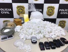 """Imagens: Polícia Civil apreende mais de 19 mil papelotes de cocaína, além de maconha e """"crack"""", no Paço da Pátria, na Zona Leste de Natal"""