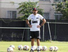 Fora: Vasco anuncia que Ramon Menezes não é mais técnico do clube
