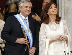 EU JÁ SABIA: Fim do auxilio emergencial, 50% dos Argentinos na linha de pobreza e ajuste duríssimo econômico faz a vice Cristina Kirchner se afastar de Alberto Fernandez
