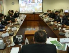 """""""Todas as vacinas que tiverem eficácia e registro da Anvisa serão adquiridas"""" diz Pazuello em reunião com Governadores; Inclusive, Fátima"""