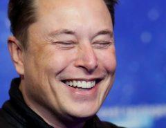 FINANÇAS: Elon Musk, mais rico do mundo, revela plano para 'salvar a Terra'