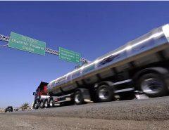 Acordo: Em aceno a caminhoneiros, Bolsonaro autoriza reduzir PIS/Cofins sobre diesel