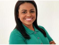 FORTE: Filha do traficante Fernandinho Beira-Mar toma posse como vereadora no Rio