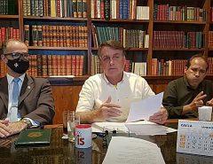 Presidente Jair Bolsonaro convoca reunião para discutir preço dos combustíveis