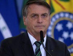 'Anuncio que teremos mudança, sim, na Petrobrás', afirma Bolsonaro
