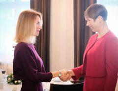 DEMOCRACIA: Estônia é o único país do mundo com mulheres como presidente e premiê
