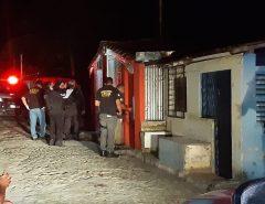 Homem morre e bebê de 8 meses é baleada em Macaíba