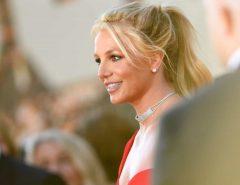 """FAMA: Britney Spears explica porque é um """"zero à esquerda"""" nas redes sociais"""