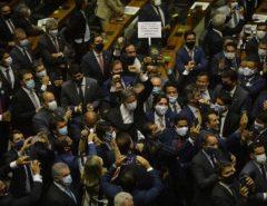 BRASÍLIA: Lira propõe urgência contra covid e anula ato de Maia