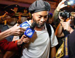 ESPORTE: Amigo diz que Ronaldinho está depressivo após morte da mãe: 'bebe muito'