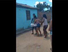 VEJA O VÍDEO: Velório de criança é interrompido após pastor afirmar que ela estava viva