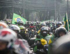 VEJA AS FOTOS: Bolsonaro participa de 'motociata' em SP em ato de apoiadores