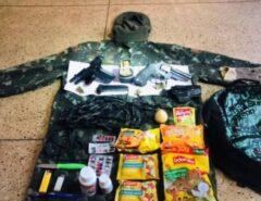 Munições, faca, remédios, macarrão instantâneo, bolachas e R$ 4,4 mil em espécie: veja o que tinha dentro da mochila de Lázaro