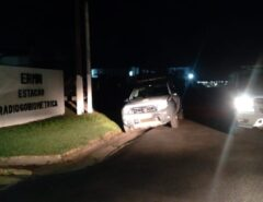 Bandidos invadem estação de rádio da Marinha e roubam fuzil de militar