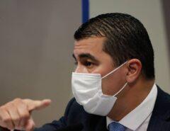 CPI – (VÍDEO): Dominguetti diz que Luis Miranda quis negociar vacina diretamente com empresa e mostra áudio